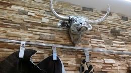 Holzpaneel im Shop