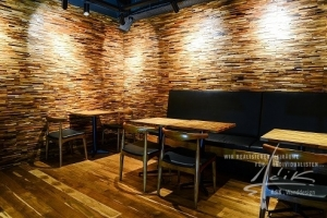 Holzpaneel Matrix3D im Lokal