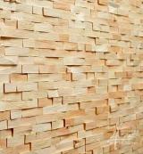 Zirbenholzwand