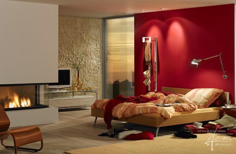 Steinwand im modernen Schlafzimmer
