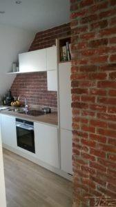Küchenwand mit Ziegel