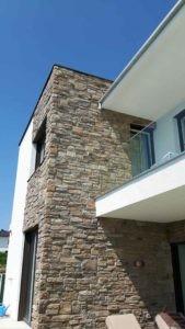 Außenwand mit Steinen gestalten
